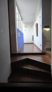 couloir interne vers piscine